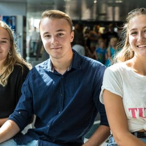 Ronja Parkkari Kevin Österman Karin Wasström  Mattlidens gymnasium