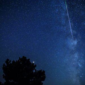 Perseidien tähdenlentoja kuvattiin viime yönä Makedoniassa.