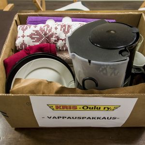 Kris-Oulun vapautuville vangeille suunnattu vappauspakkaus
