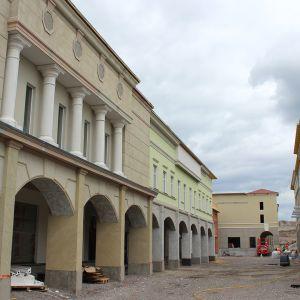 Zsar-ostoskylän rakennustyömaa