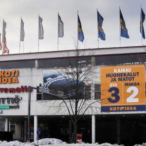Koti-Idea huonekalumyymälä Petikossa Vantaalla 16. helmikuuta 2009.