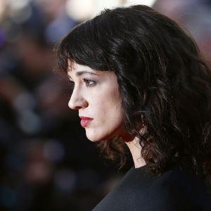 Asia Argento Cannesin filmifestivaaleilla toukokuussa.