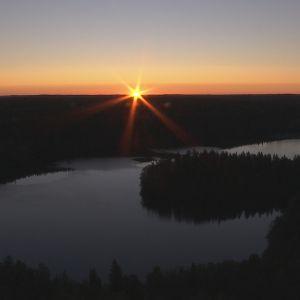 Auringonnousu Aulangolla