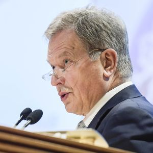 Tasavallan presidentti Sauli Niinistö puhuu.