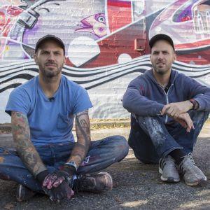 Taiteilijakaksikko How & Nosm maalasi Iisalmen keskustaan muraalin osana UPEA-taidefestivaalia.