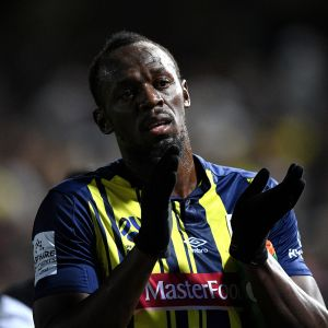 Usain Bolt Central Coast Marinersin paidassa.