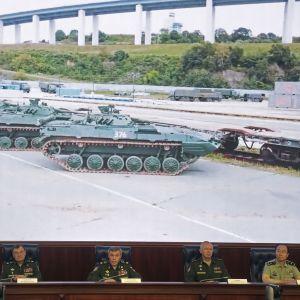 Venäjän edustajat kertoivat ulkomaisille diplomaateille tulevasta sotaharjoituksesta.