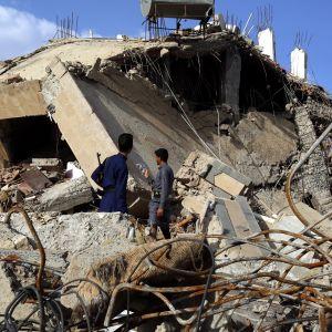 Sortuneita rakennuksia pääkaupungissa Sanaassa Jemenissä.
