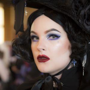 burleski, gothic lolita, Maristola Valois
