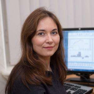 Viron keskuspankin ekonomisti Orsolya Soosaar tutkii Viron työmarkkinoita.