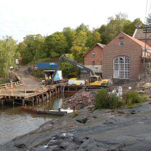 Kalatietyömaa Billnäsin voimalaitoksen kupeessa Raaseporissa.