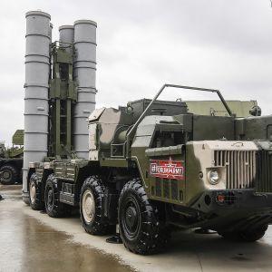 S-300 -ilmatorjuntaohjuksia esillä Army 2018 -puolustusmessuilla Moskovassa elokuussa tänä vuonna.