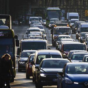 Liikenneruuhka Berliinissä.