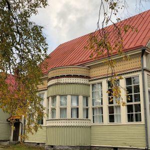 Kuvassa Pohjoismaisen taidekoulun toimitilat Kokkolassa