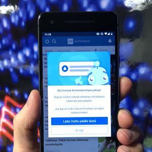 Voitto-robotti suosittelee uutisia Yle Uutisvahti -sovelluksessa.