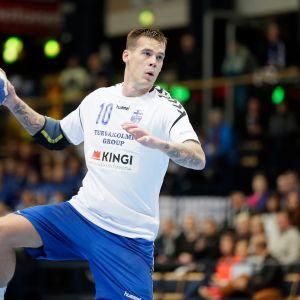Nico Rönnberg teki seitsemän maalia Cocksin Mestarien liigan ottelussa Elverumia vastaan.