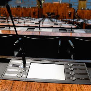 Eduskuntatalon istuntosali.