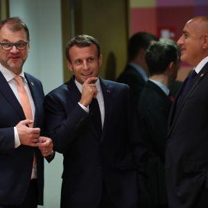 Pääministeri Juha Sipilä, Ranskan presidentti Emmanuel Macron ja Bulgarian pääministeri Boyko Borissov huippukokouksessa Brysselissä.