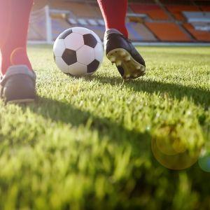 Jalkapallo, kuvassa.