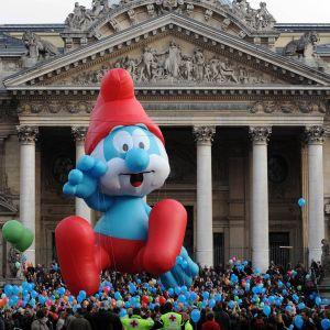 Suursmurffi jättipallona brysseliläisessä katutapahtumassa vuonna 2009.