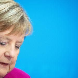 Lähikuva Angela Merkelistä