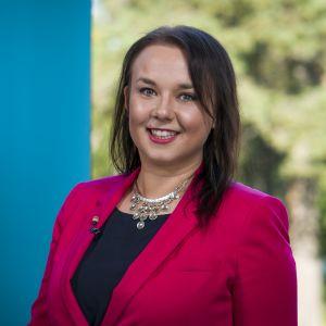 Yleisradion koltansaamenkielinen toimittaja Sara Wesslin