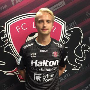 Keskikenttäpelaaja Matti Klinga on tehnyt FC Lahden kanssa 2-vuotisen sopimuksen