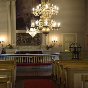 Auran kirkko sisältä