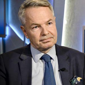 Pekka Haavisto Ykkösaamussa 24. marraskuuta 2018.