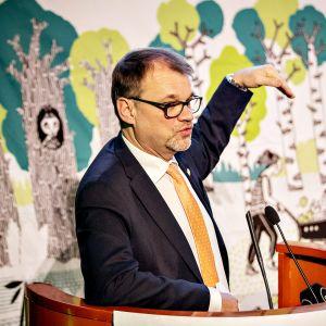 Puheenjohtaja Juha Sipilä piti linjapuheen keskustan puoluevaltuuston kokouksessa Turussa 24. marraskuuta 2018.
