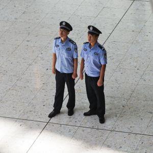 Kiinalaisia poliiseja.