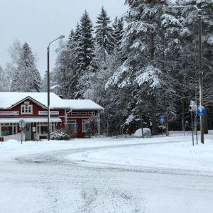 Talvinen kylätie