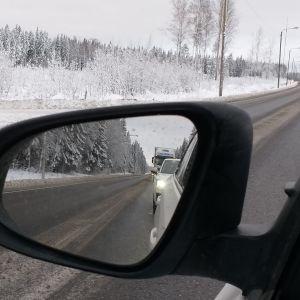 Ruuhkaa valtatiellä 8 Eurajoella 9.1.2019 onnettomuuden takia.