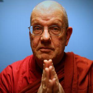 Munkki Taehye on buddhalaisen Bodhidharma-yhdistyksen hengellinen ohjaaja.