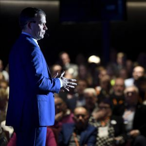 Kokoomuksen puheenjohtaja Petteri Orpo puhui puolueen vaalikevään starttaavalla risteilyllä Tallinnaan ja takaisin 20. tammikuuta