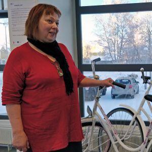 Vihreä ja kestävä Kemi -hankkeen projektipäällikkö Eija Kinnunen.