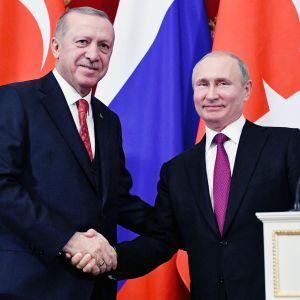 Recep Tayyip Erdogan ja Vladimir Putin tapasivat Moskovassa.