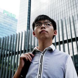 Joshua Wong oli yksi Hongkongin suurmielenosoitusten johtohahmoista. Nyt hän työskentelee kampanjoijana ja lobbarina Demosisto-puolueessaan.