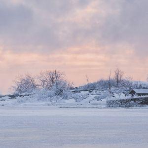 Kylmä pakkaspäivä Helsingissä.