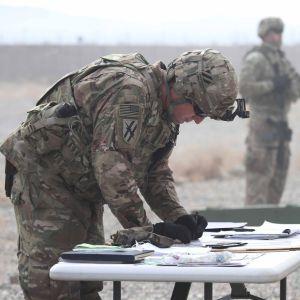 Yhdysvaltalaissotilaat kouluttivat sotilaita Afganistanissa 2. helmikuuta.