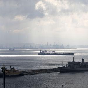 Gibraltarin satama.