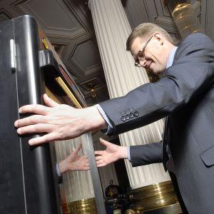 Pääministeri Matti Vanhanen helmikuussa 2007.