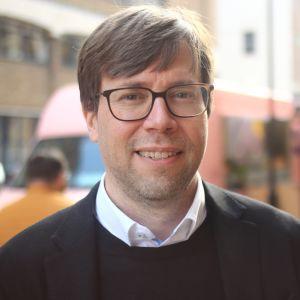 Kimmo Soramäki on FNA:n perustaja ja toimitusjohtaja.
