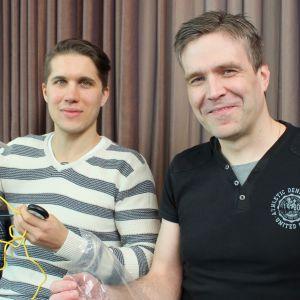 Jiri Jormakka (vas.) ja  Jouni Lintu