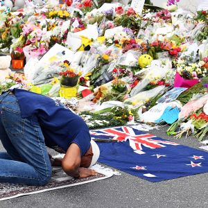 Christchurchin iskujen muistotilaisuus Al Noor-moskeijassa.