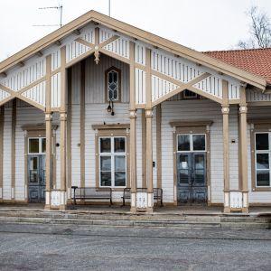 Kannuksen rautatieasema.