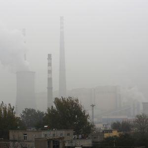 Hiilivoimala Pekingissä.