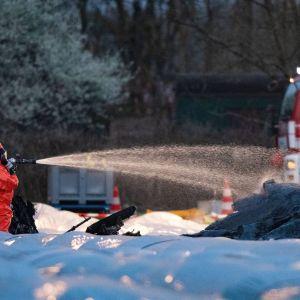 Kolme ihmistä kuoli, kun yksityiskone syöksyi parsapeltoon lähellä Egelsbachin lentokenttää. Yksi kuolleista oli venäläisen lentoyhtiö S7:n suuromistaja Natalia Fileva.