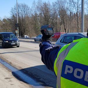Poliisin nopeusvalvonta