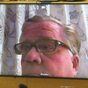Markku Ritaluoma oikeudessa videon välityksellä 10. huhtikuuta.